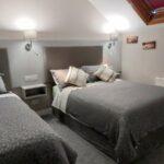 Twin Room (3 ppl sharing)